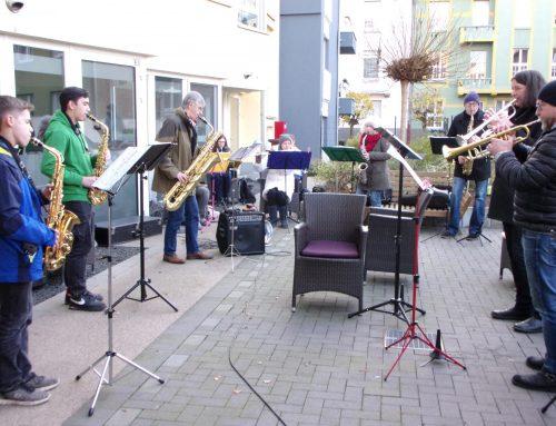 Weihnachtslieder im Seniorenzentrum am Bismarckviertel