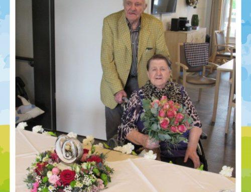 Alles Gute zum 65. Hochzeitstag